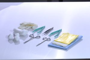 Suture Insertion Set